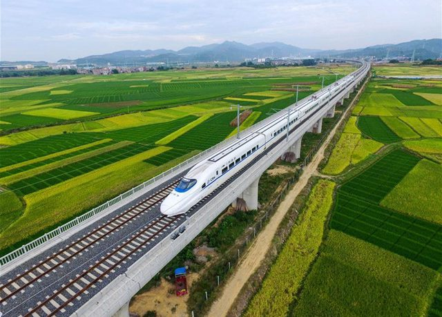 high-speed-rail-from-guilini-to-guiyang2