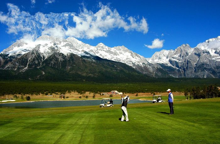 jade-dragon-snow-mountain-golf-club-tour-lijiang01