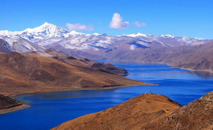 yamdrok-lake-yunnan-tibet-tour