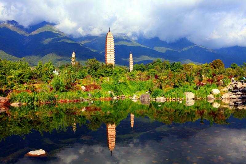 Les Trois Pagodes et Le Monastère de Chongsheng, Dali