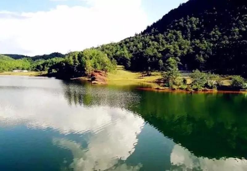 Bains de Denggeng à Lushui, Nujiang